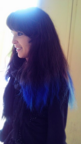 I am in Love with Shukia's Hair, the color is beautiful!!